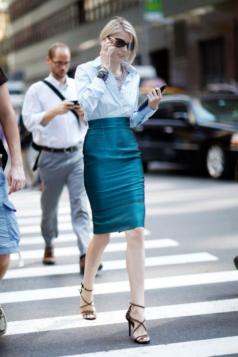 item6.rendition.slideshowWideVertical.vf-street-style-fashion-week-8-ss07